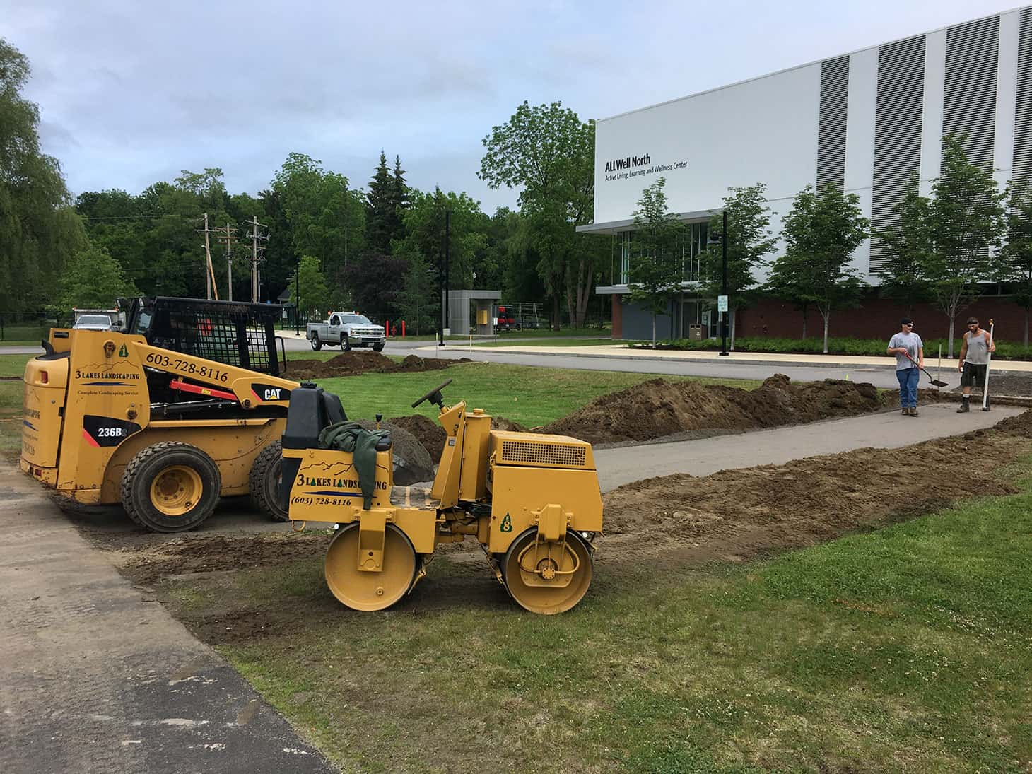 3 Lakes Landscaping roller and mini cat